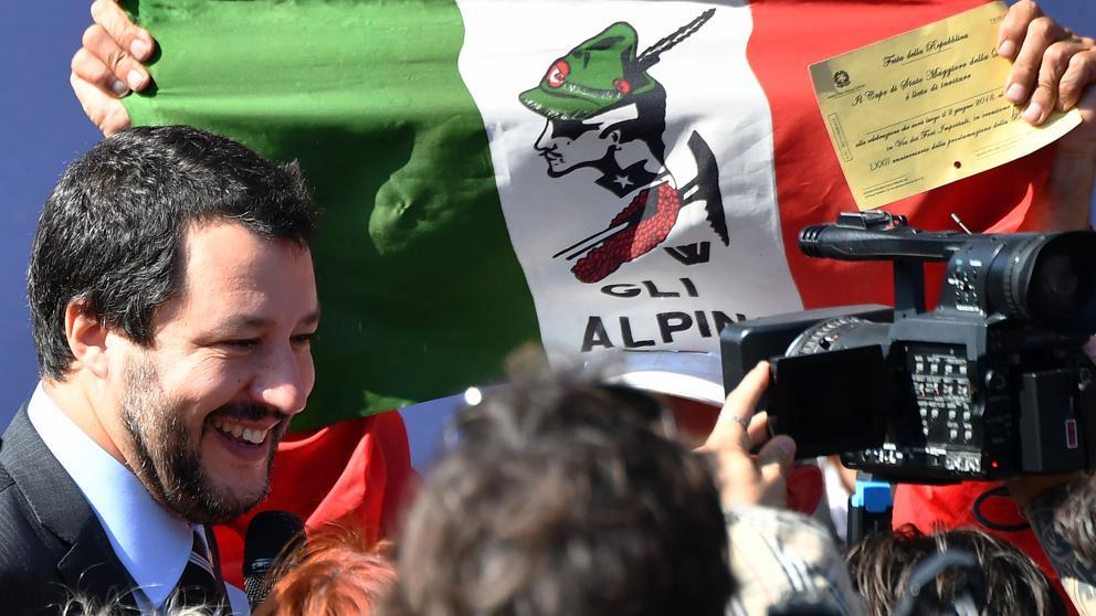 Italia vira a las políticas anti-inmigración